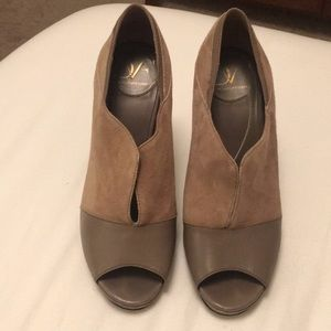 GOOD CONDITION DVF HIGH HEELS 4.5 INCHES SIZE 7.5